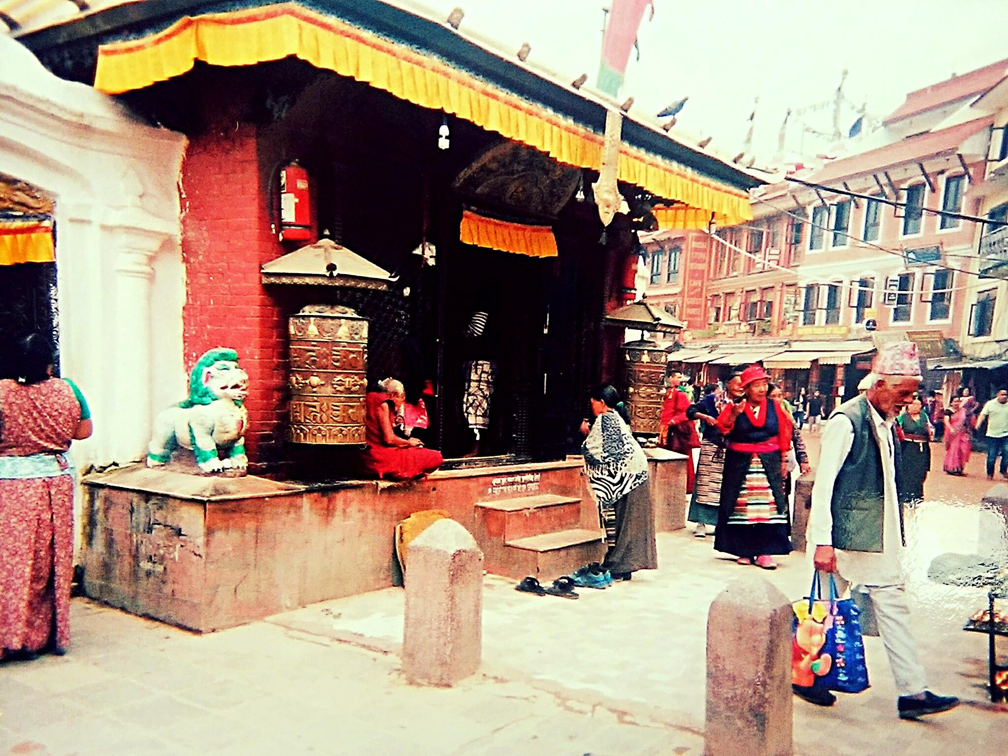 チベット密教パワー炸裂!真言オム・マ二・ペメ・フムって何?