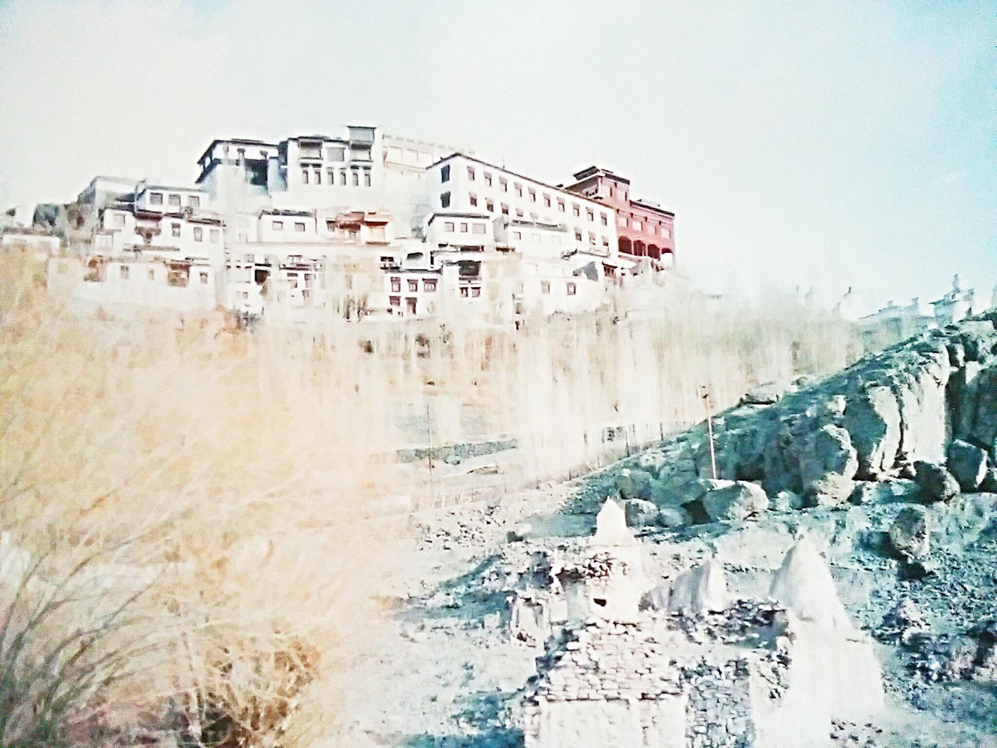 【インド秘境の地】ラダックで寺院巡りやトレッキングする方法とは?