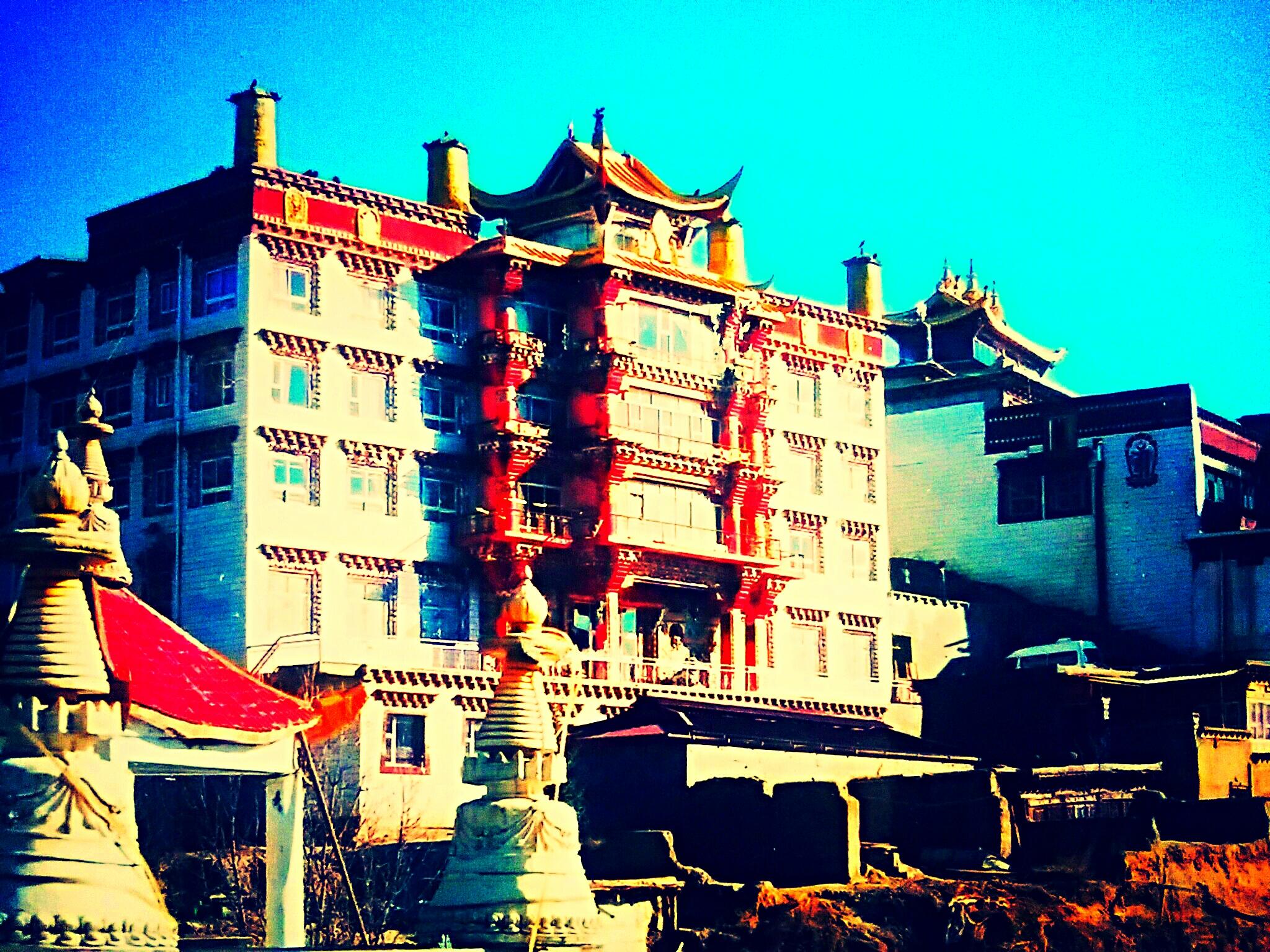 ラルン・ガル・ゴンパの他にもある!!東チベットの美しき仏教寺院の数々
