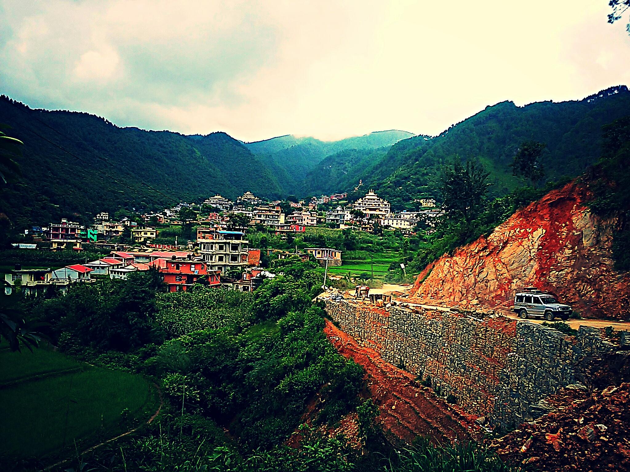 チベット仏教の始祖グル・リンポチェが瞑想した洞窟があるファルピンに行ってみた!