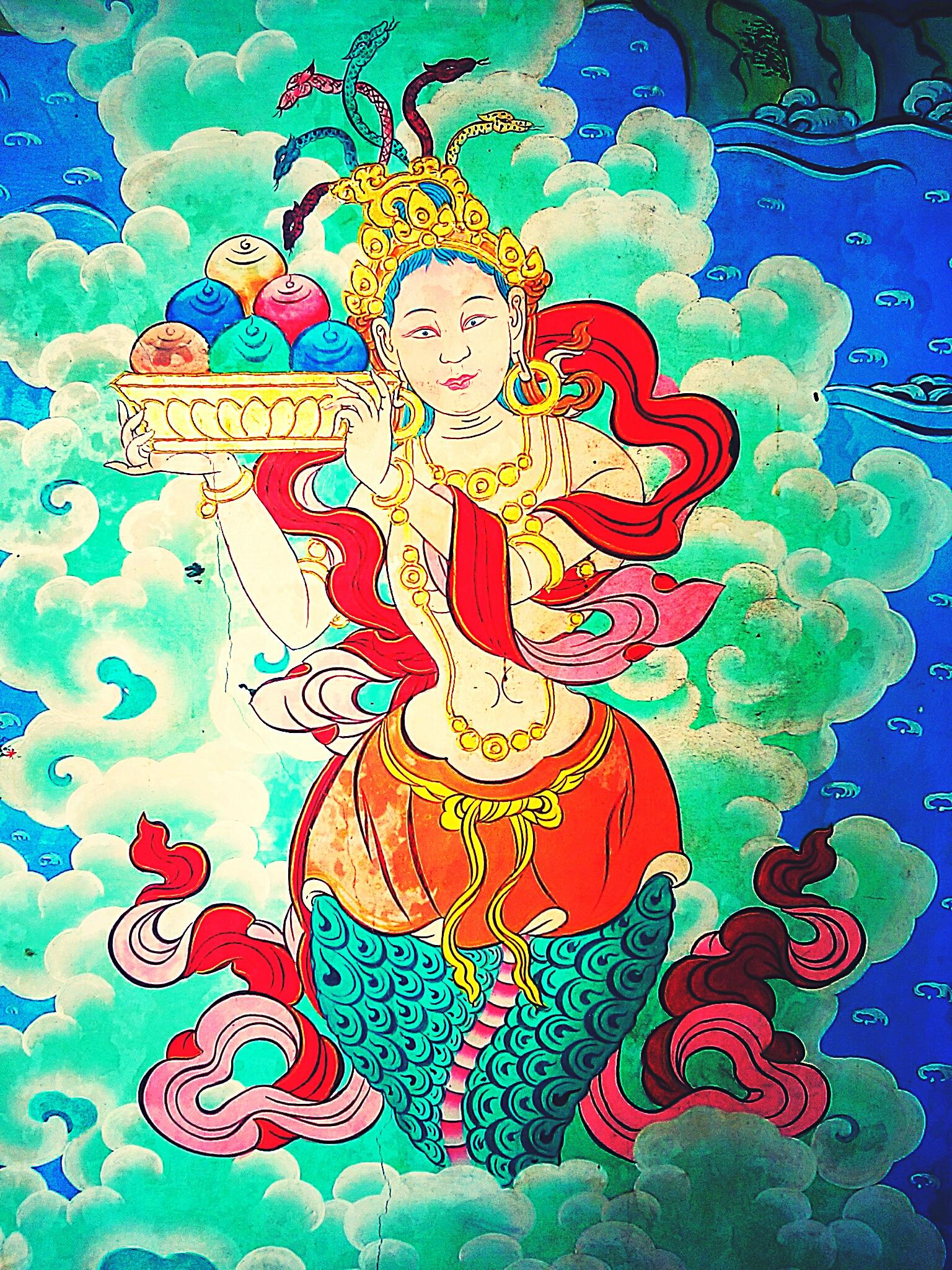 下半身が蛇!ヒンドゥー教の異形の蛇神ナーガと仏教の関係とは?