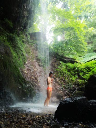 新潟県秋葉区で修行!白玉の滝で滝行したら身体がリフレッシュした話